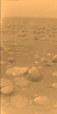 Primera imagen a color de Titán