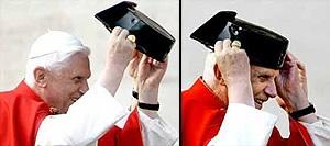 Ratzinger Z y el tricornio